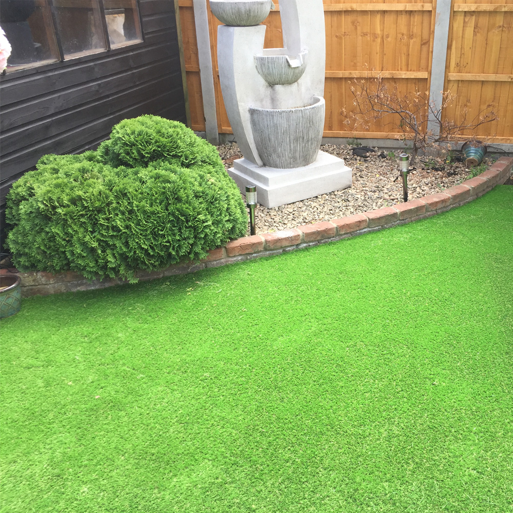 artifical lawn